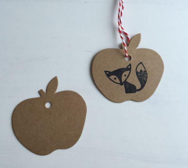 Geschenkanhänger/gift tag Apfel, braun (10 Stück)