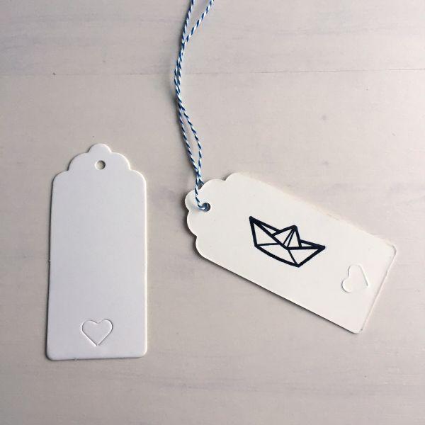 Geschenkanhänger/gift tag, weiß mit kleinem Herz (10 Stück)