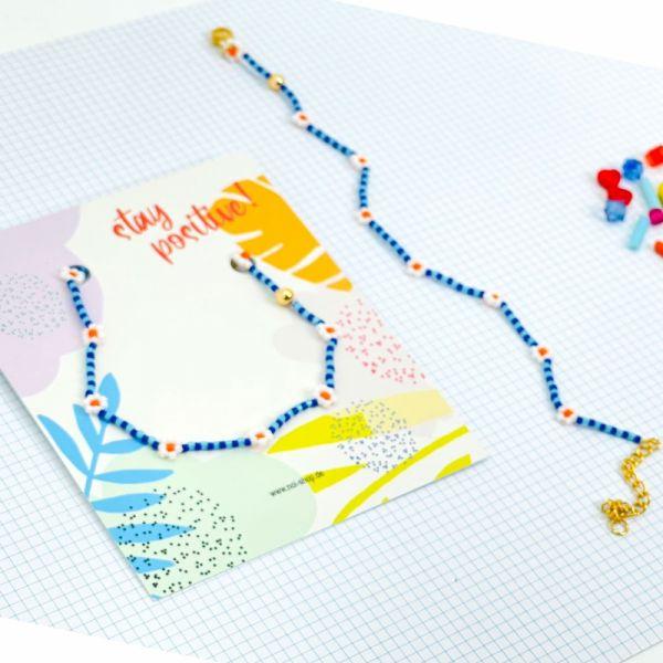 """Armband """"Itsybitsy Flower"""" (weiß/hellblau/blau)"""