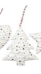 Anhänger von Krasilnikoff aus Stoff, Tannenbaum mit Sternen