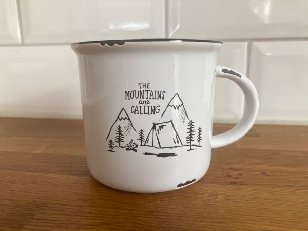 """Tasse """"the mountains are calling"""""""